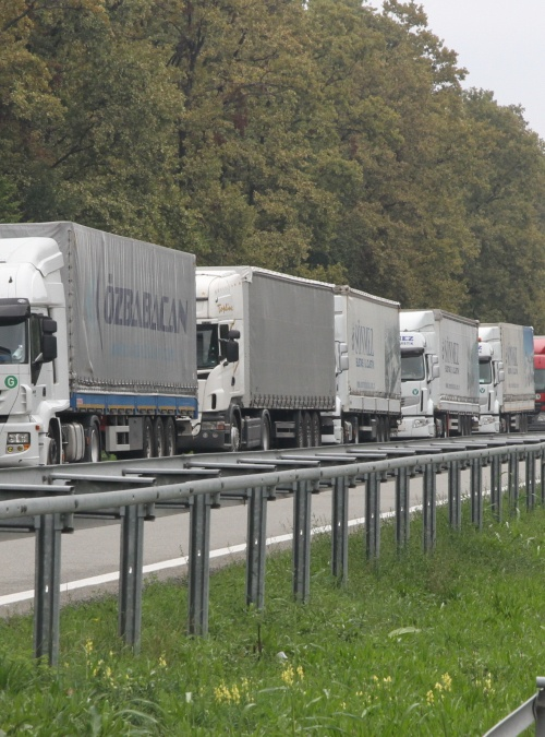 Border crossing facilitation and improvement of the cross-border road transport in the Western Balkans